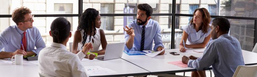Bespreken van beloningsverhoudingen in de overlegvergadering: Wat kan het opleveren?
